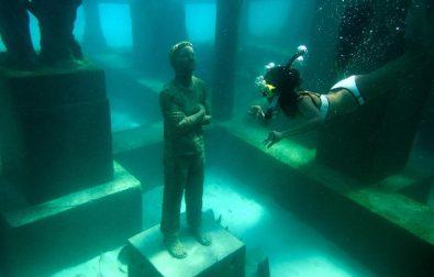 a-vilag-elso-felig-viz-alatti-muzeuma-nyilt-meg-a-maldiv-szigeteken